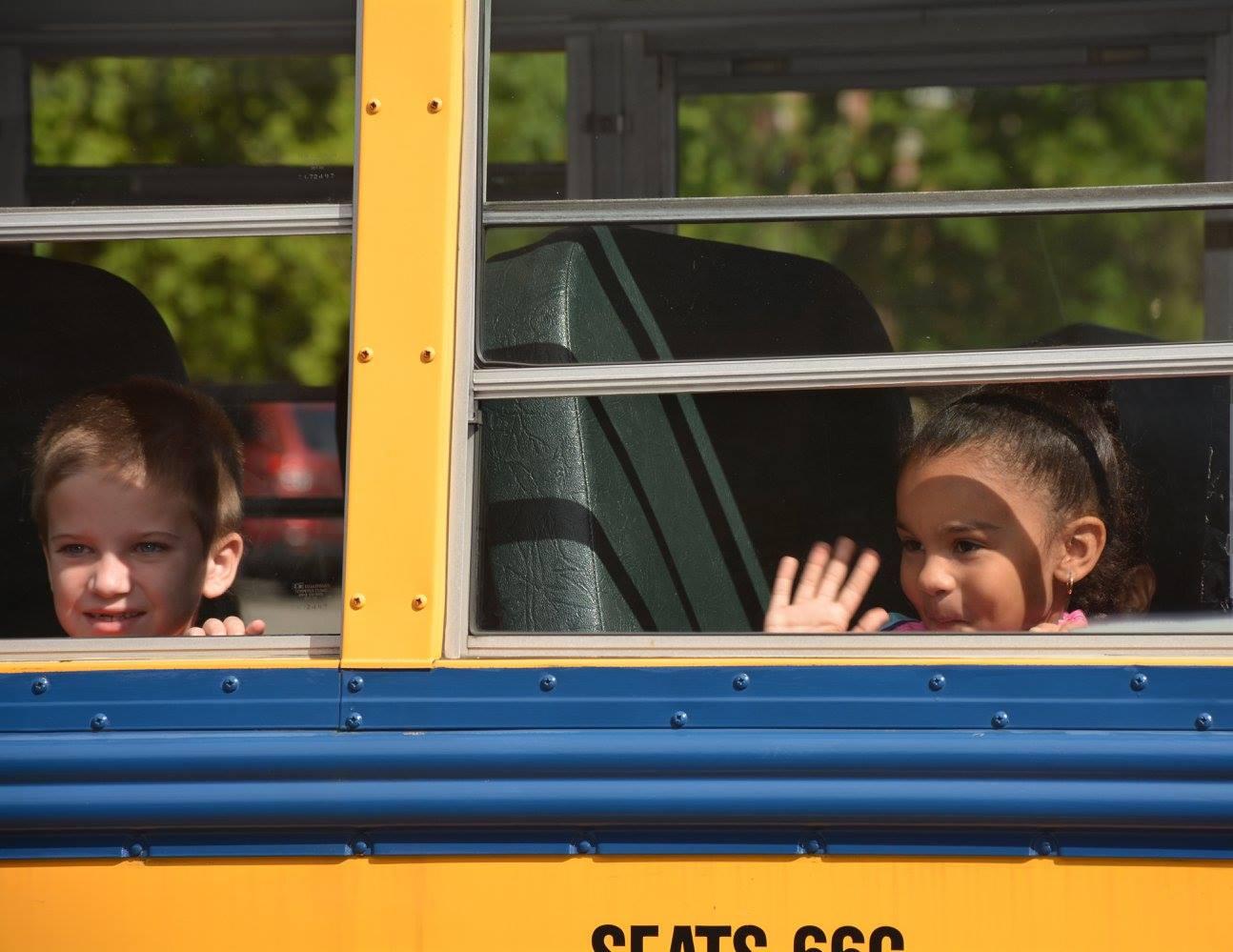 kids on bus