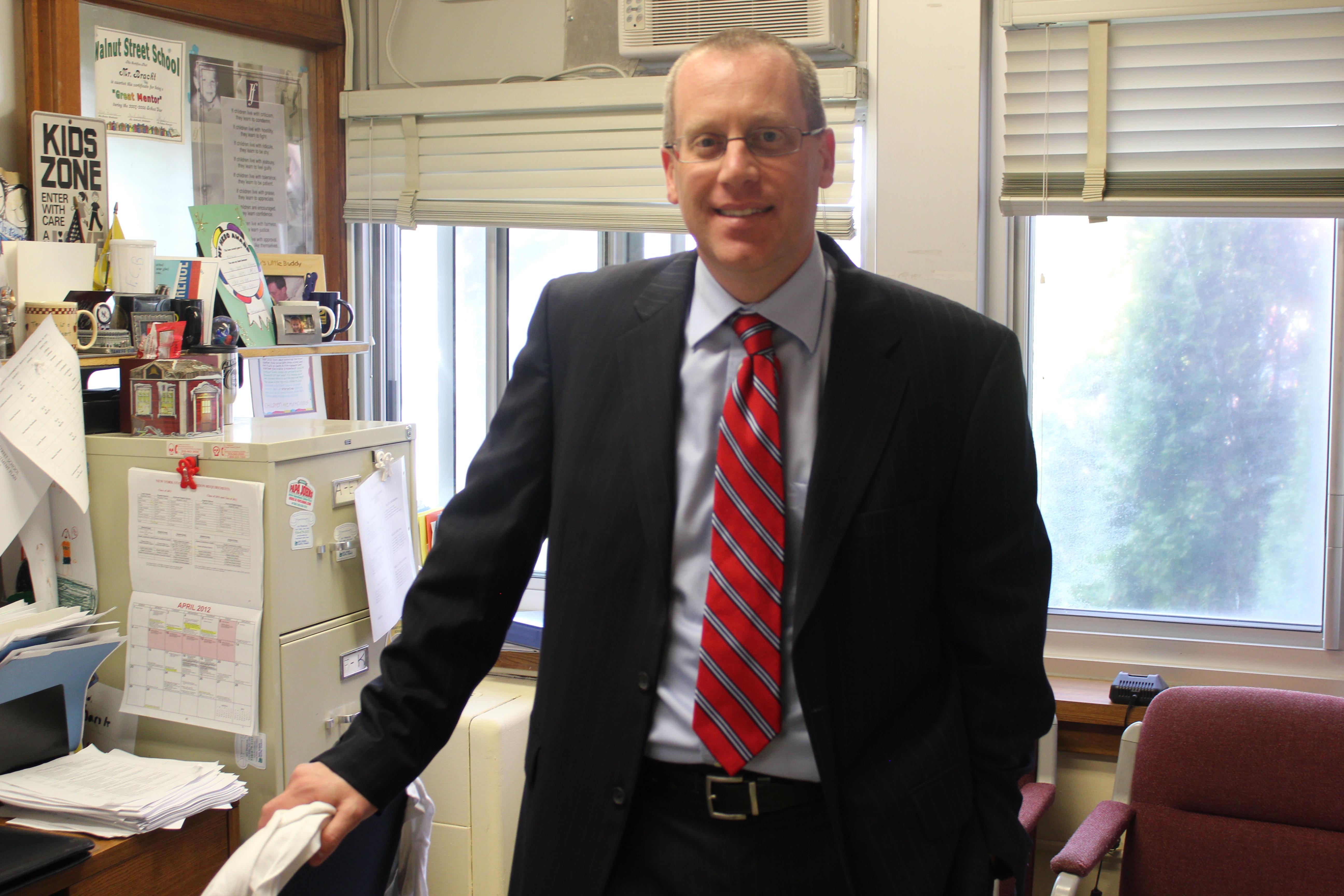 Mr. Kevin Bracht, Principal